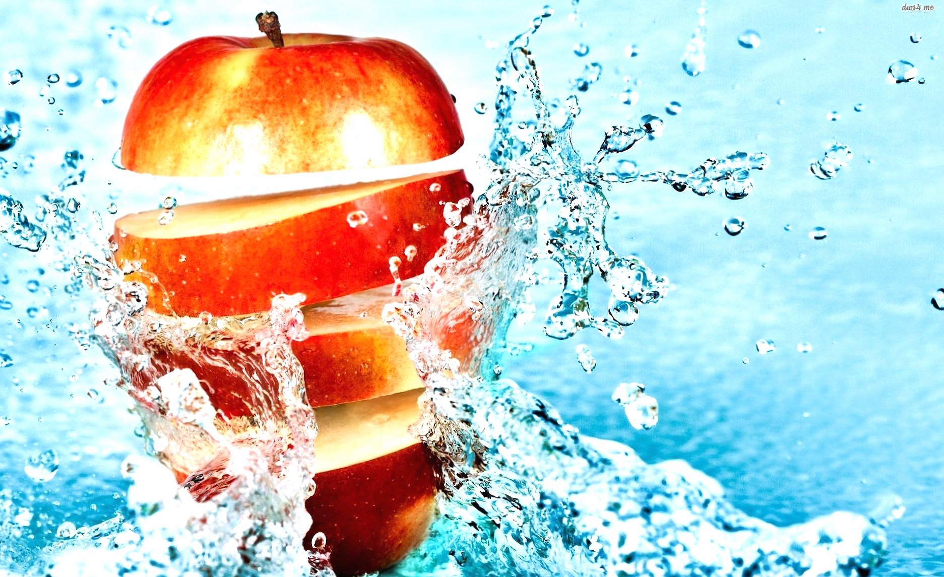 Sliced apple in water wallpapers HD quality
