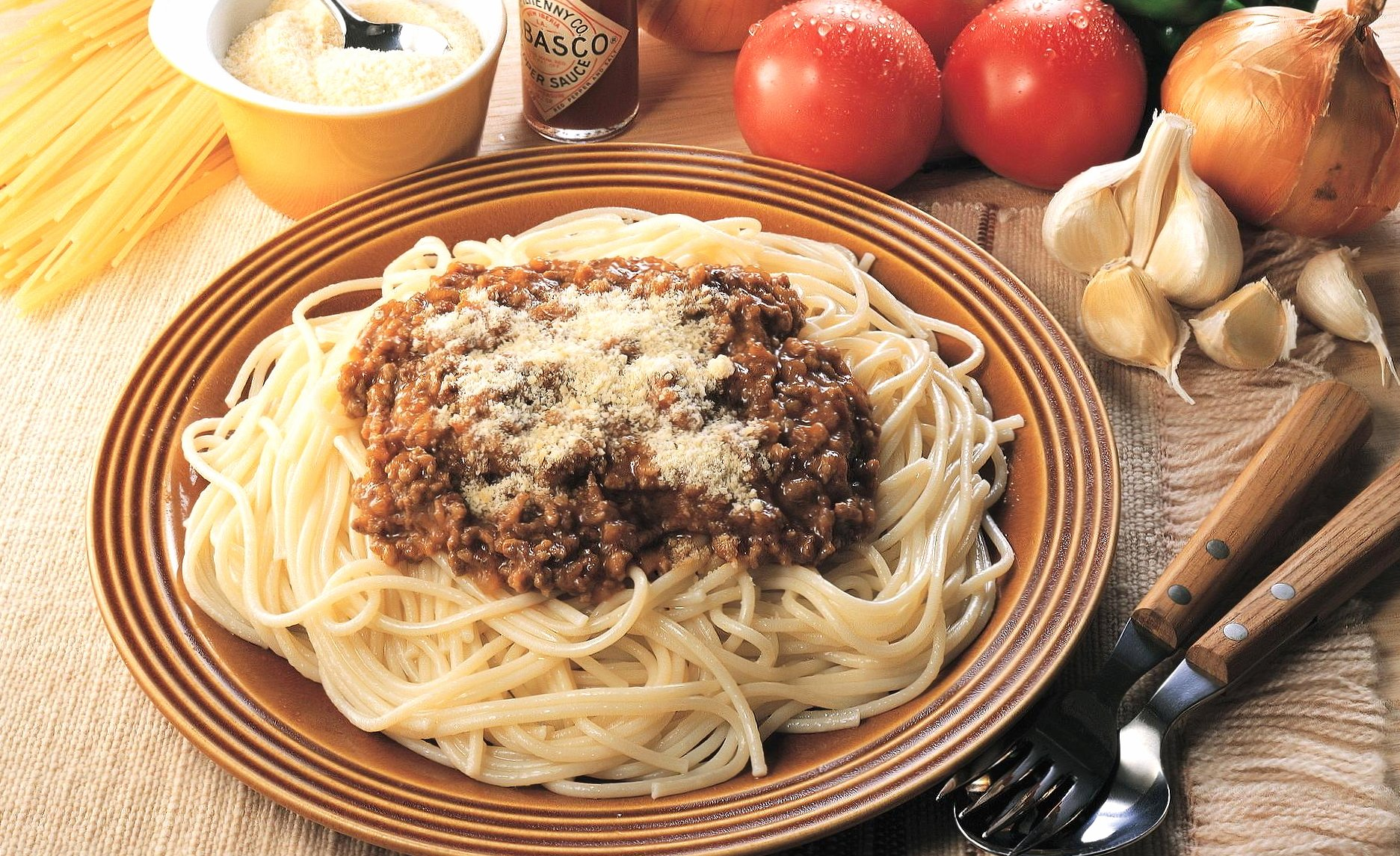 Spaghetti with meat ragout wallpapers HD quality