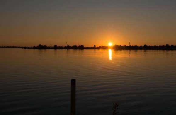 Lake Mulwala Sunrise