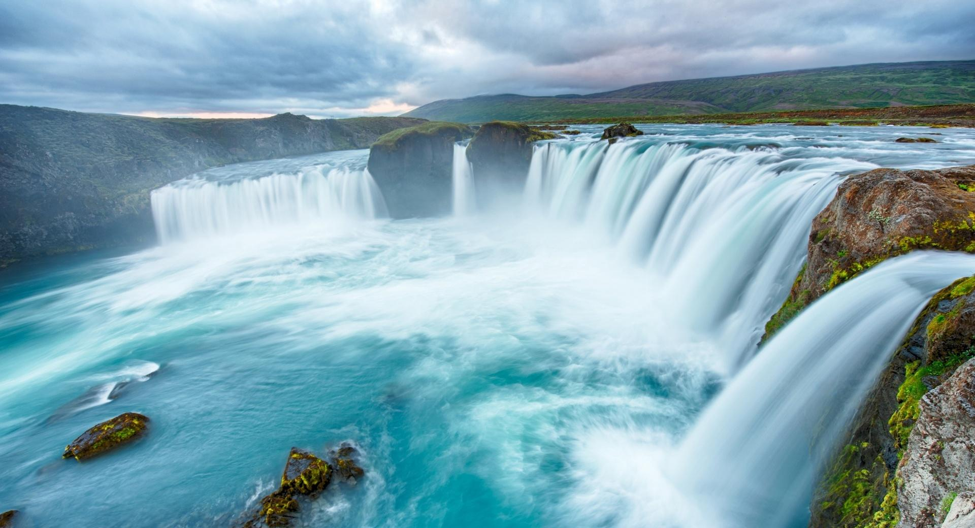 Big Waterfalls Clouds wallpapers HD quality