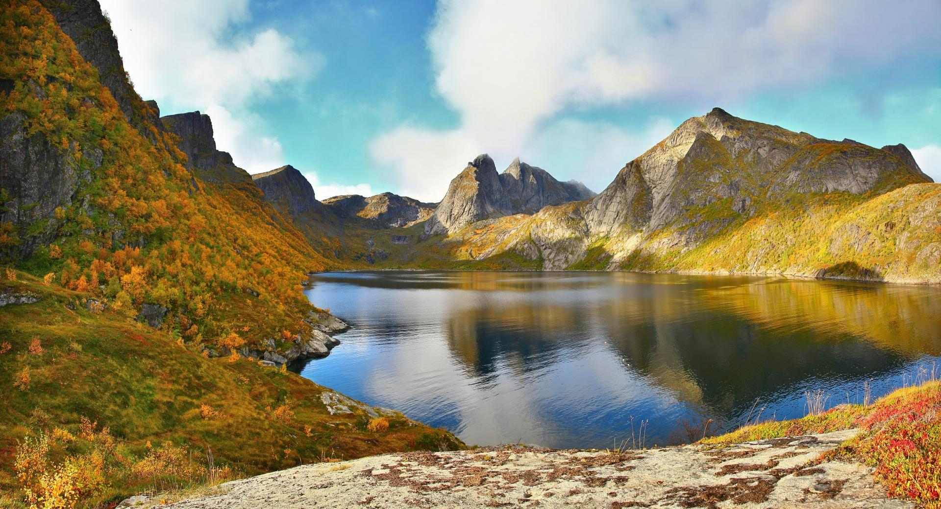 Glacial Lake Autumn wallpapers HD quality