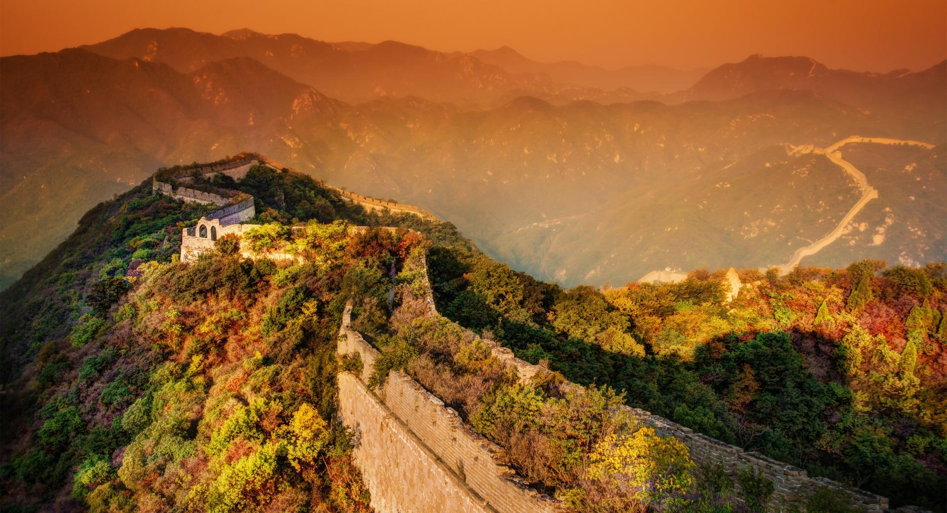 A moody evening at the Great Wall wallpapers HD quality