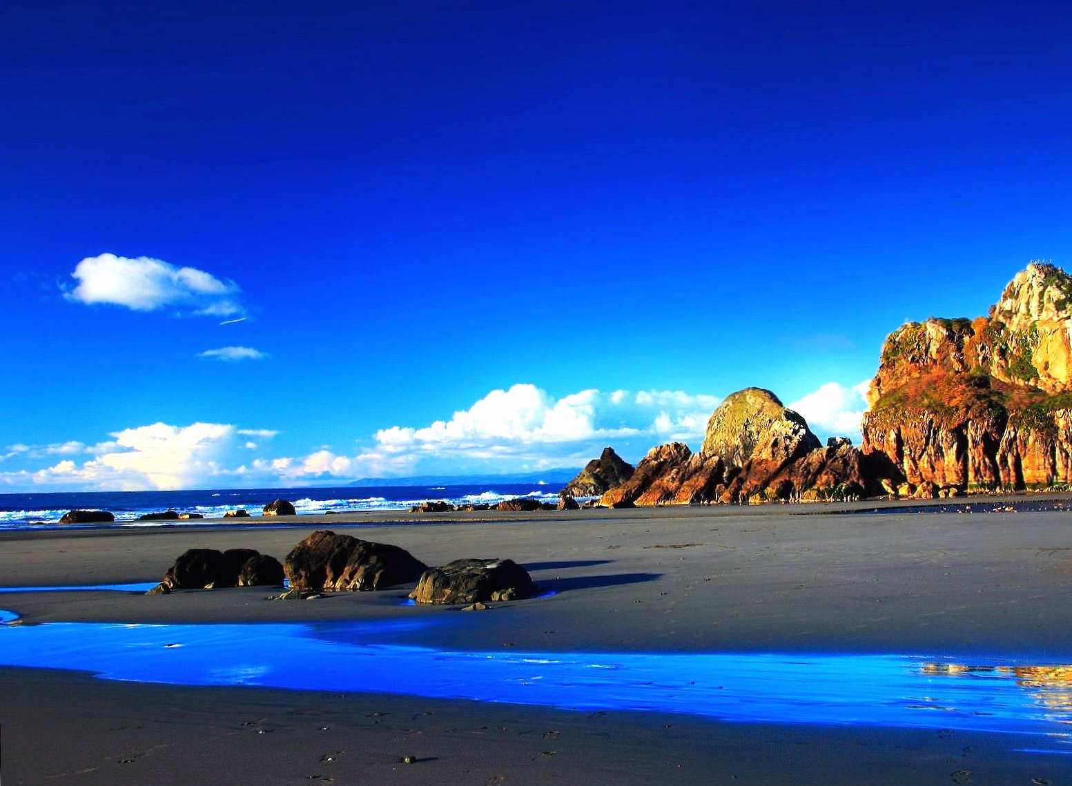 black sand beach and blue sea wallpapers HD quality