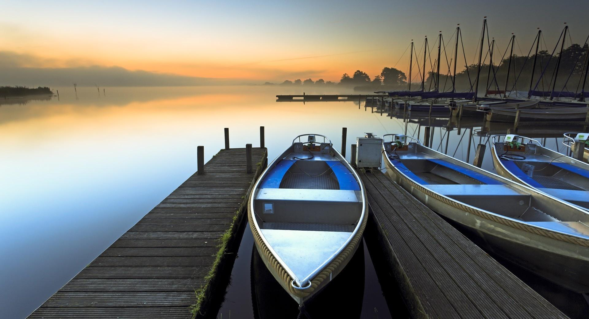 Boat Sunrise wallpapers HD quality