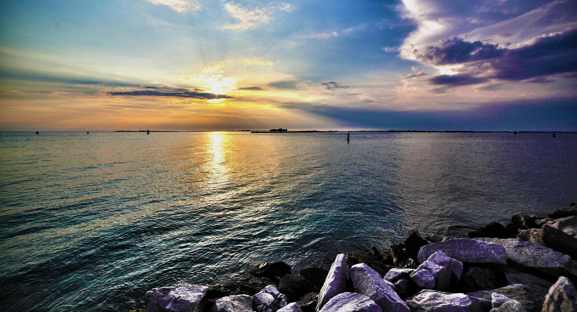 Calm Sea HDR wallpapers HD quality