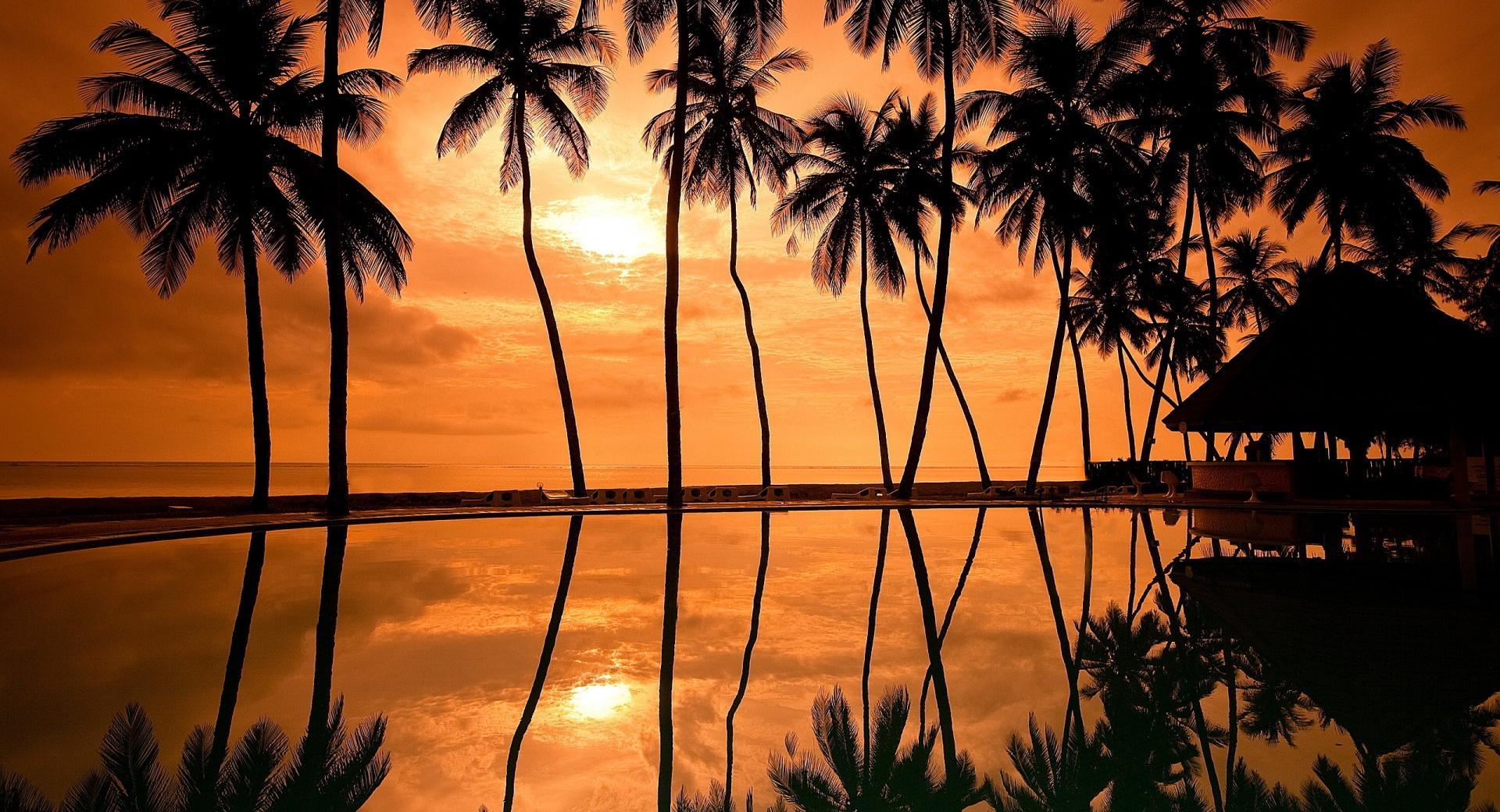 Hawaiian Beach Sunset Reflection wallpapers HD quality