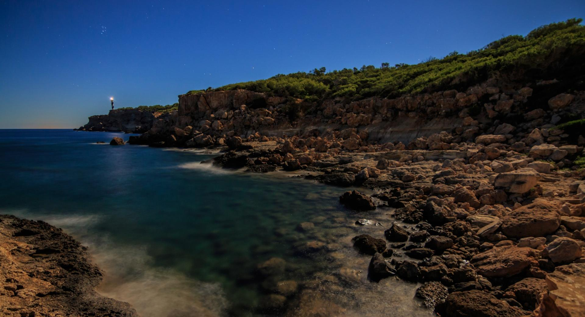 Leuchtturm Far del Moscater auf Ibiza wallpapers HD quality