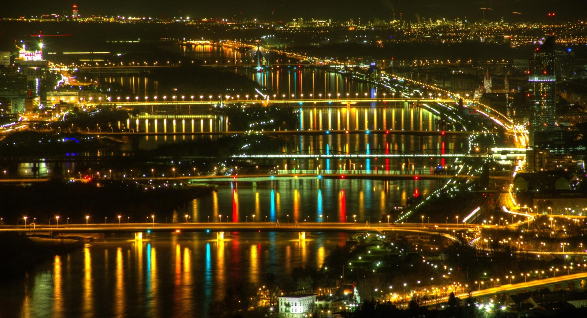 Lights at Danube, Vienna wallpapers HD quality