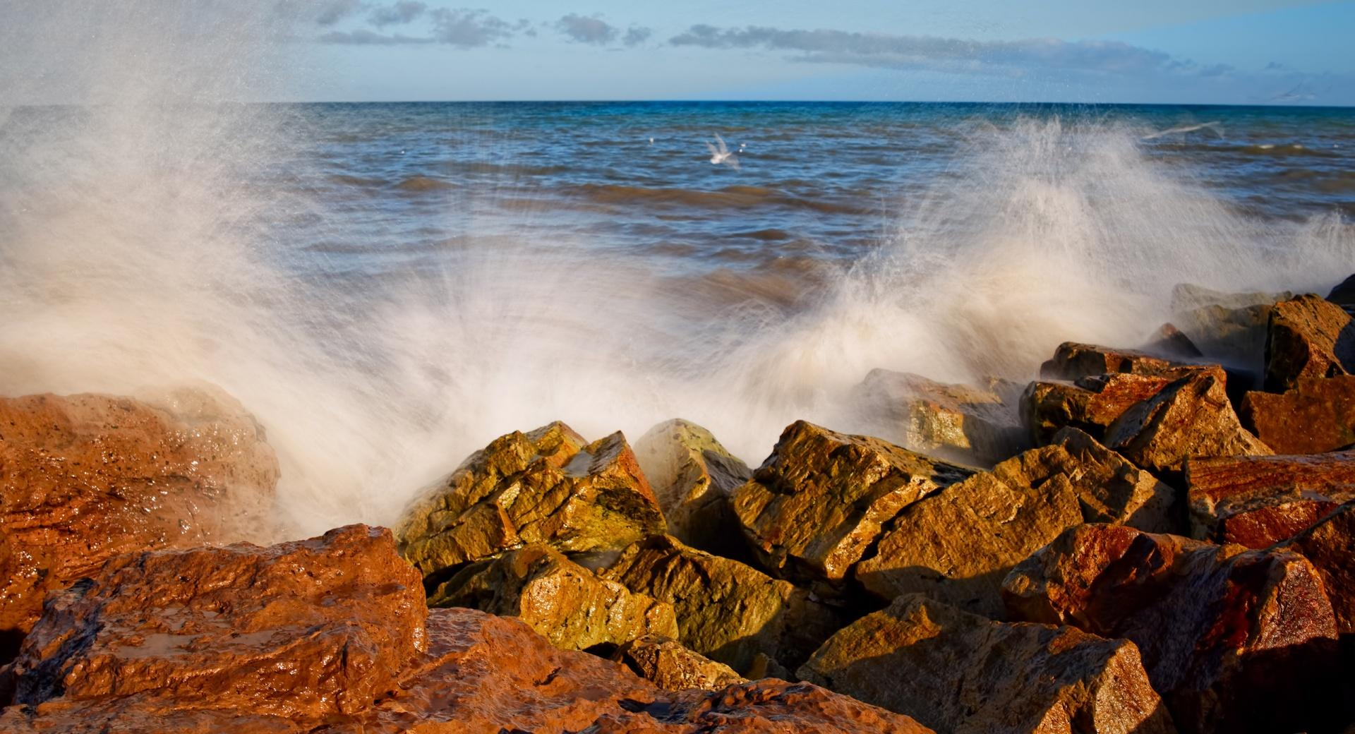 Splashing Wave Long Exposure wallpapers HD quality