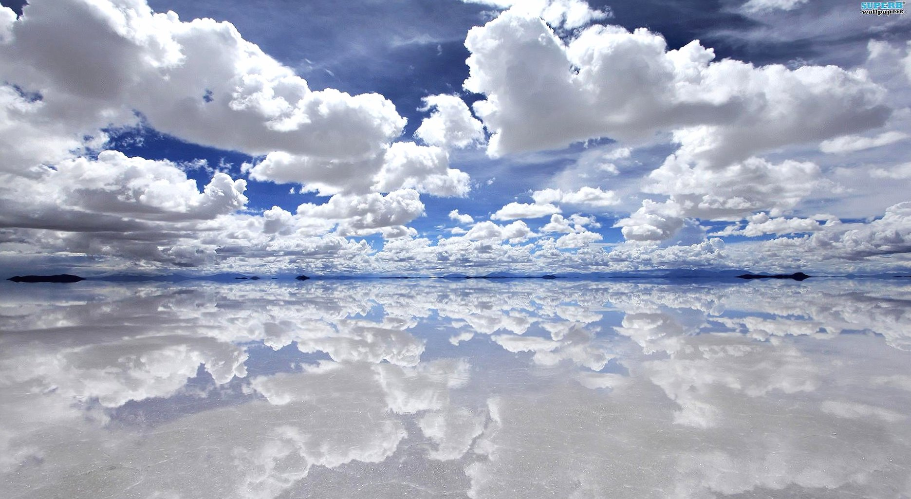 Wonderful reflected clouds wallpapers HD quality