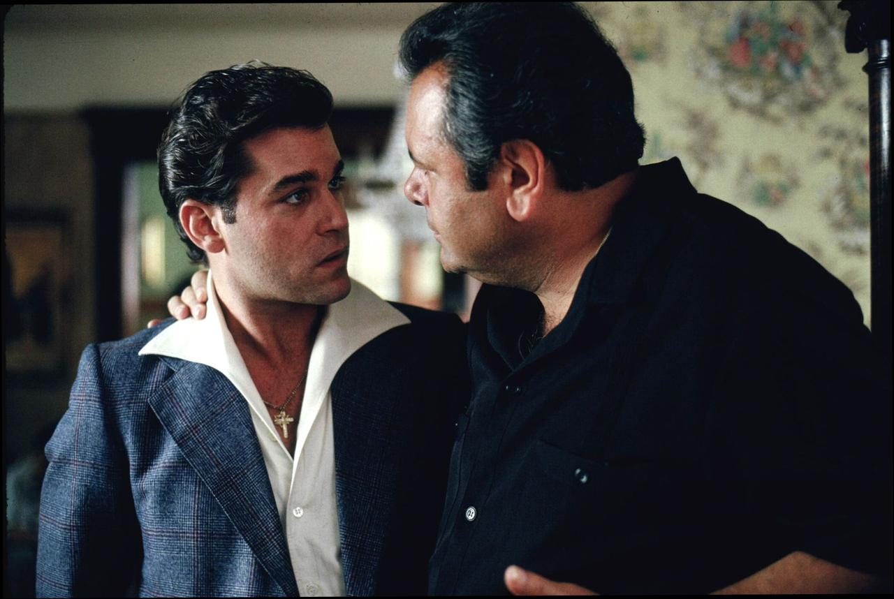 Goodfellas at 750 x 1334 iPhone 6 size wallpapers HD quality